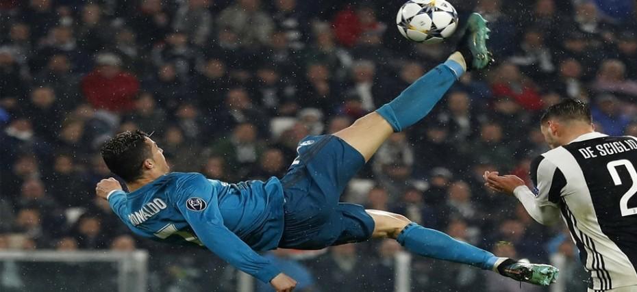 Cristiano Ronaldo Wins Uefa Goal Of The Season For Overhead Kick Vs Juventus News Nation English